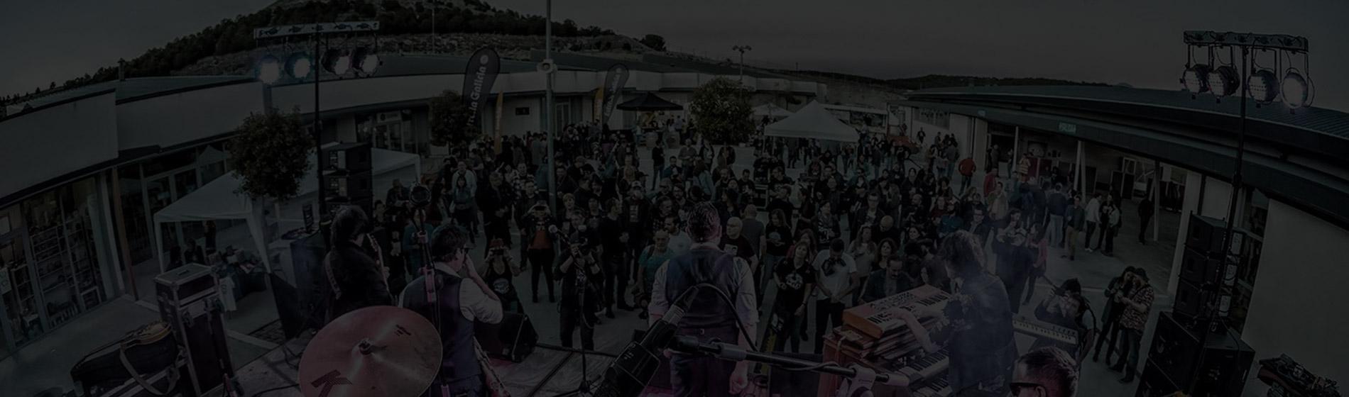 3 DE OCTUBRE EN EL PATIO DE ARMAS DEL CASTILLO DE PORTILLO